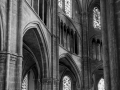 Bges-Cathedrale-interieur-N&B