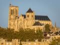 Bges-cathedrale_de-loin_2