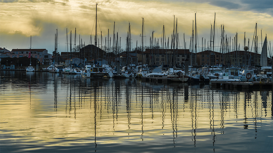 ASEAB-PIERRU-Port-Olonna