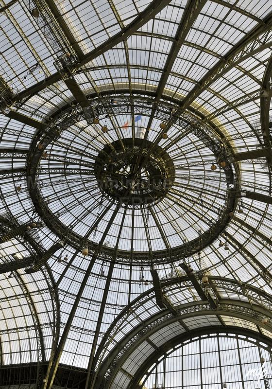 Paris-le-grand-palais